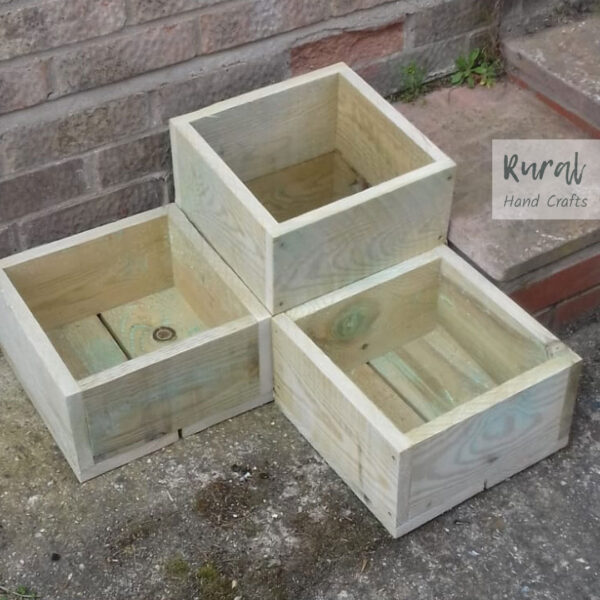 square wooden 3-in-1 separate planters